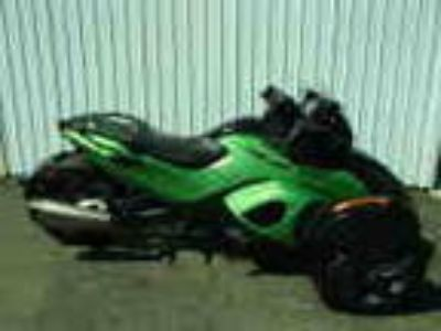 Very Cool 2013 Can Am Automatic Shift Spyder In Green Very Cool