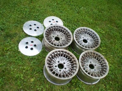 RARE PONTIAC Trans Am Knight Rider KITT Cast Turbine  14 INCH WheelS RIMS OEM PMD WITH HUBCAPS
