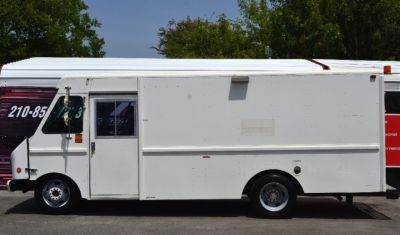 1998 Chevrolet P Forward Control Chassis STEP VAN
