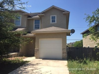 Super Three Bedroom Town-home Available For July Move In!!