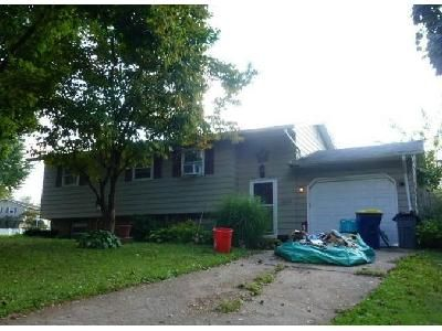 2 Bed 1 Bath Foreclosure Property in Middletown, PA 17057 - Spring Garden Dr