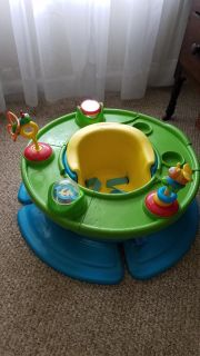Bumbo Seat with Toy Tray