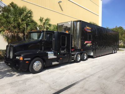 53ft Dorsey stacker with Kenworth