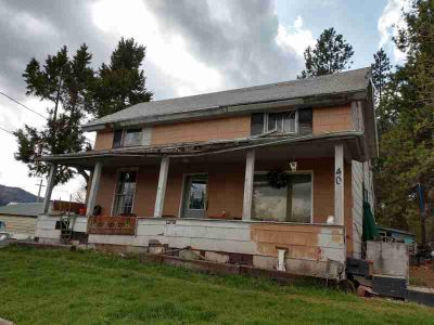 40 N Treat St PRIEST RIVER Three BR, Looking for a project? This