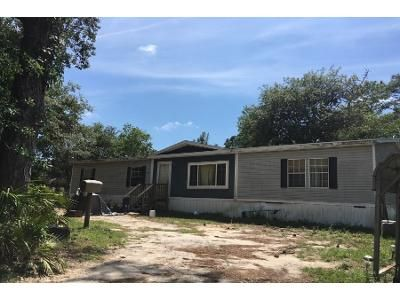 5 Bed 2 Bath Foreclosure Property in Homosassa, FL 34446 - S Lisa Pt