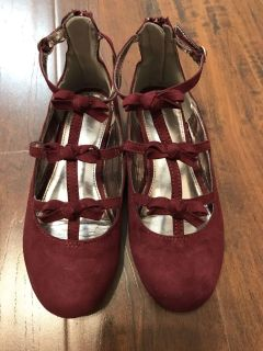 GIRLS SIZE 2 burgundy / wine suede shoes