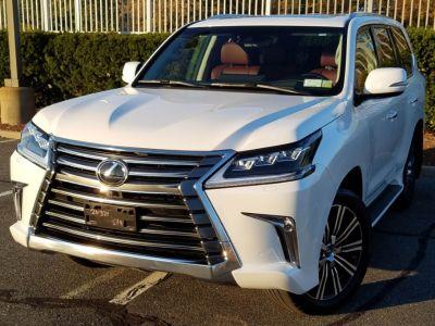 2018 Lexus LX on, (Eminent White Pearl)