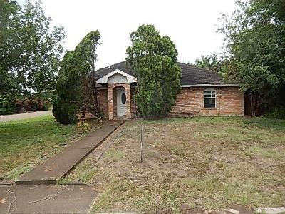 3 Bed 2 Bath Foreclosure Property in Hidalgo, TX 78557 - E Patsy Dr