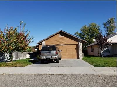 3 Bed 2.0 Bath Preforeclosure Property in Boise, ID 83703 - W Winfield Ln