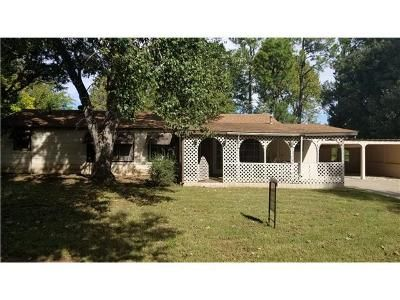 2 Bed 2 Bath Foreclosure Property in Mustang, OK 73064 - E Juniper Ln