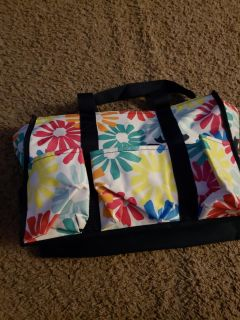 Zip top thirty one organizing tote