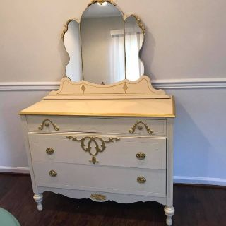 cream chest with mirror