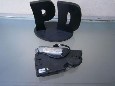 Sell VOLKSWAGEN AUDI SUN ROOF MOTOR ASSEMBLY P/N# 1 J6 959 591 OEM / WARRANTY motorcycle in North Miami Beach, Florida, US, for US $23.98