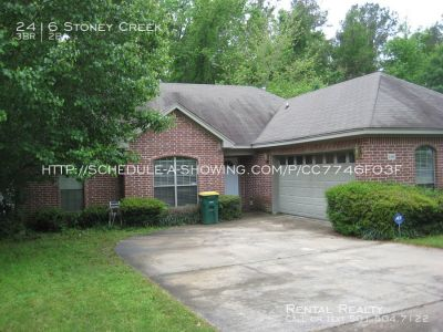 BEAUTIFUL LITTLE ROCK HOME COMING UP FOR RENT IN JUNE 2018