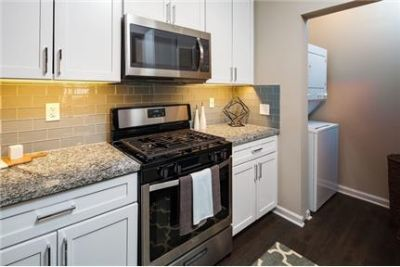 1 bedroom, Apartment, Ashburn - ready to move in. Pet OK!