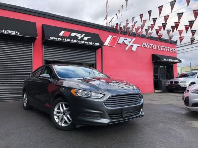 2016 Ford Fusion 4dr Sdn SE FWD (Ingot Silver)