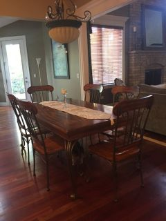Dinette table & 6 chairs