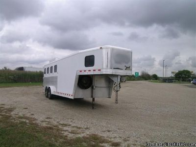 2002 Kiefer Built Genesis 4 horse trailer