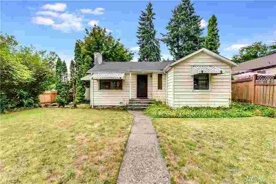 11305 35th Ave NE Seattle Three BR, Charming 1948 vintage home in