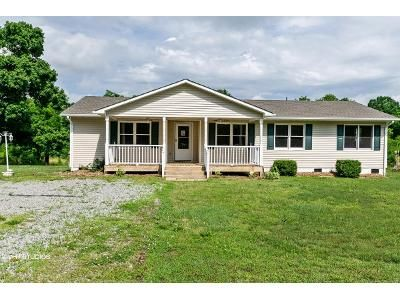 3 Bed 2 Bath Foreclosure Property in Eden, NC 27288 - Lincoln St