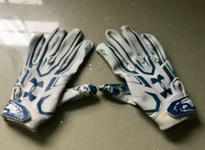 Youth Football Gloves, Under Armour, Size YM