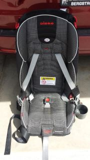 Diono Radian R120 Convertible Carseat