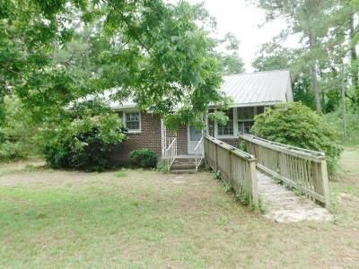 3 Bed 1 Bath Foreclosure Property in Marion, SC 29571 - Sandhill Rd