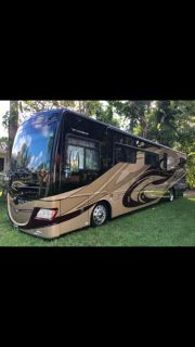2011 Fleetwood Discovery 40X