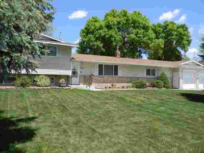417 Tana Drive BLACKFOOT Six BR, Step up and IN---then you'll