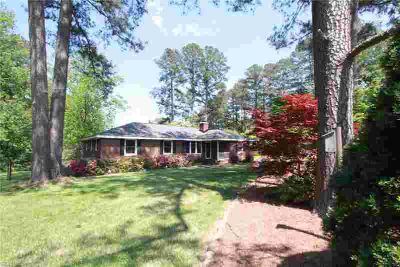 1908 Bailey LN Chesapeake Three BR, Perfect opportunity to own a