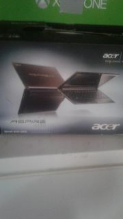 Small Acer window 7 laptop
