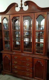 Beautiful Lighted Glass China / Curio Cabinet
