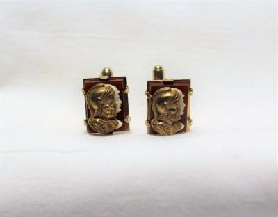 Vintage Cuff Links Chariot Roman Red Gem Ivory Caesar Gold Tone Chain Button Up