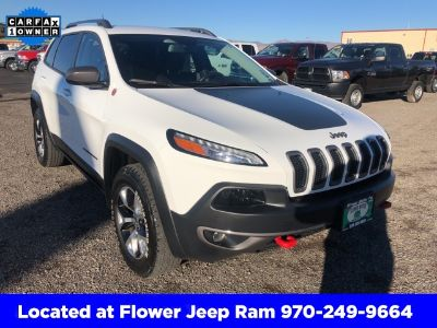 2014 Jeep Cherokee Trailhawk (Bright White Clearcoat)