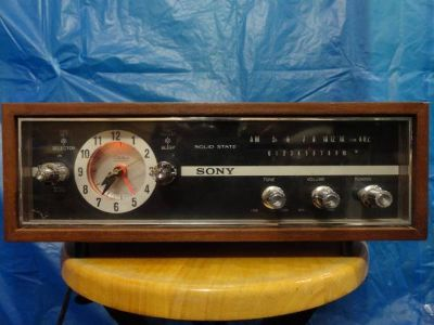 VINTAGE SONY 8RC-74 AM 1 BAND CLOCK RADIO WOOD CASE MADE IN JAPAN