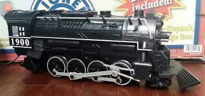 Like New condition Lionel Lines Train Set, Highly Collectable item.