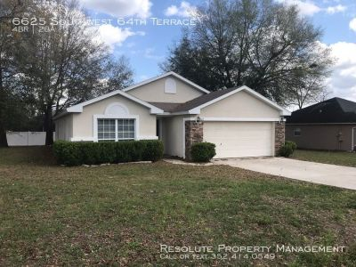 4 bedroom in Ocala