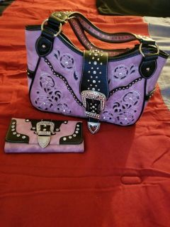 Pink purse with matching wallet $80.00