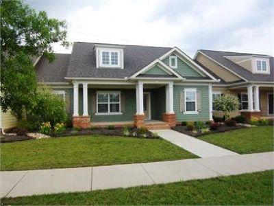 3 BR 2 BA Home with Amenities in Oak Ridge