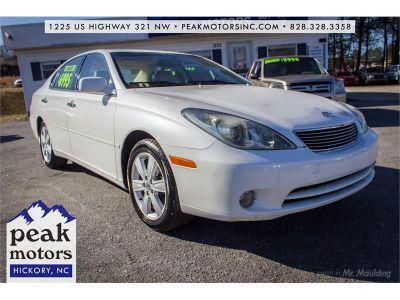 2005 Lexus ES 330 Base (White)