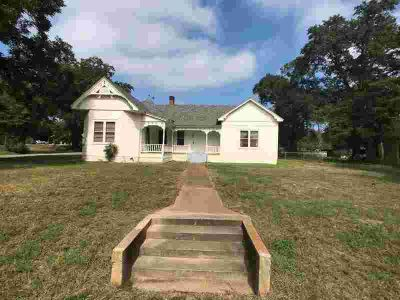 206 W College Oakwood Three BR, Own a piece of history with this