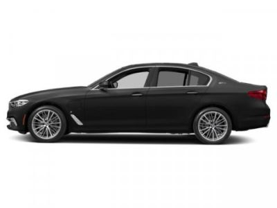 2019 BMW 5-Series 530e xDrive iPerformance (Black Sapphire Metallic)
