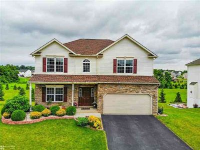 291 Sawgrass Drive ALLENTOWN Four BR, Paramount model Luxurious