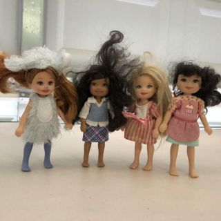 Barbie - Kelly (Barbie s little sister) and friends (lot of 4)