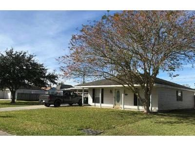 3 Bed 2 Bath Foreclosure Property in Gray, LA 70359 - Robyn St