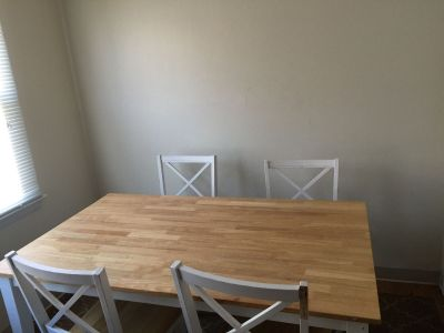 Dining table +4 seats