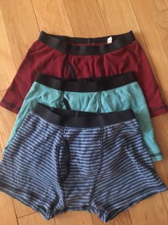 Lot of boys medium boxers. No brand name.