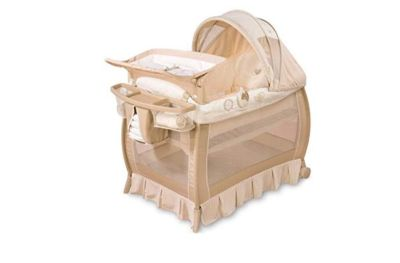 Playpen with bassinet & changing table w/music