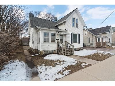 3 Bed 2 Bath Foreclosure Property in Burlington, WI 53105 - N Pine St