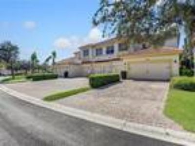 17484 Old Harmony Drive #102 Fort Myers, FL 33908